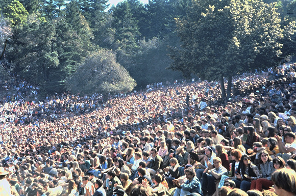 KFRC Fantasy Fair 1967 crowd